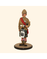 Sqn80 028 Regimental Sergeant Major at attention Seaforth Highlanders, Boer War Kit
