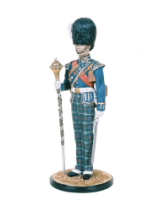 DM90 06 Drum Major Royal Highland Fusiliers Painted