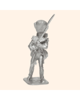CFB05 Guardsman advancing high porte 25mm Foot Kit