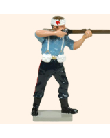 0403 3 Toy Soldier Private bandaged head firing Kit