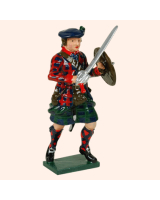 0681 4 Toy Soldier Highland Clansman with raised sword feet apart Kit